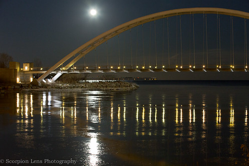 Moon rise over Humber Bay Arch Bridge last night