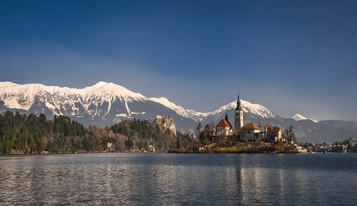 winter panorama lake castle church water landscape lago island march nikon scenery view postcard chiesa explore slovenia bled slovenija polarizer grad acqua inverno castello marzo cartolina isola otok 2014 centraleurope lakebled gorenjska blejskiotok jezero bledcastle blejskigrad bledisland polarizzatore explored inexplore republikaslovenija lagodibled blejskojezero d5000 europacentrale uppercarniola republicofslovenia ccr358 altacarniola nikond5000