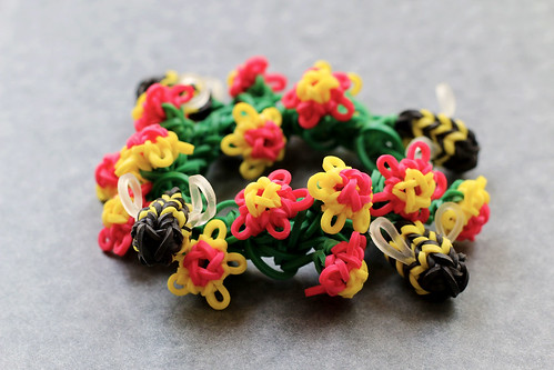 Bee-and-Flower-Bracelet