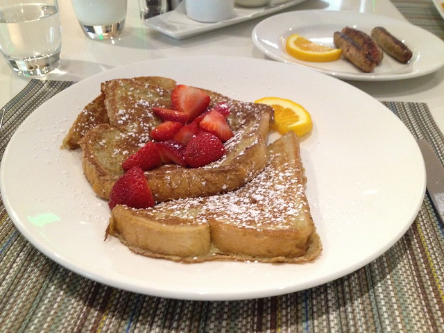 French toast - Solaire Restaurant + Bar