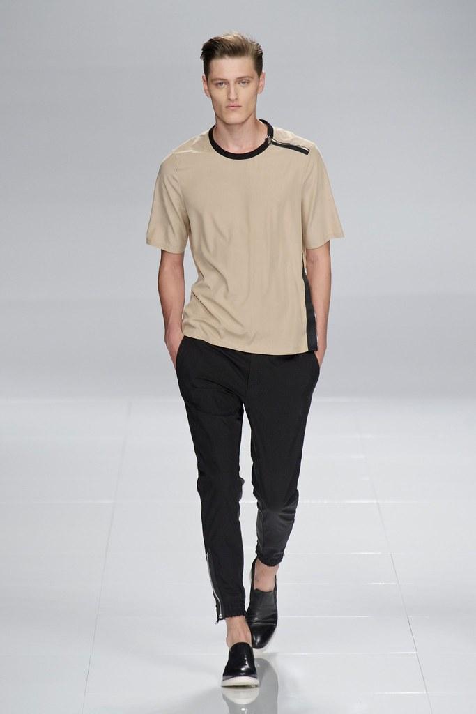 SS14 Milan Iceberg021_Demy Matzen(fashionising.com)