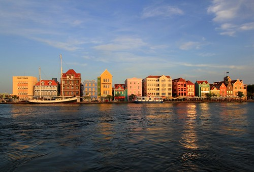 world heritage site day unescoworldheritagesite unesco worldheritagesite clear list curacao caribbean curaçao unescoworldheritage willemstad handelskade sites worldheritage weltkulturerbe whs humanidad patrimonio worldheritagelist welterbe kulturerbe patrimoniodelahumanidad heritagesite unescowhs korsou lightclouds patrimoinemondial werelderfgoed världsarv ユネスコ heritagelist werelderfgoedlijst verdensarven img9635 אונסקו يونسكو patriomoniodelahumanidad юнеско ουνεσκο 유네스코 patriomonio blinkagain