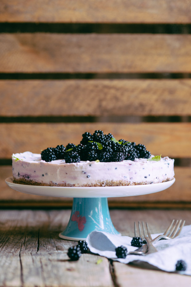Blackberry Quark cake