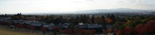 若草山から生駒山を望む