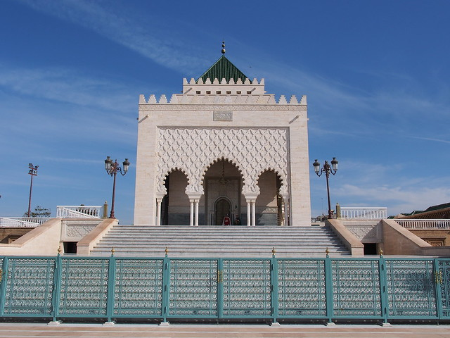 Hassan Tower旁的Mausoleum of Mohammed V