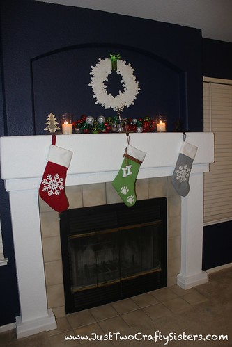 Snowflake wreath holiday mantel