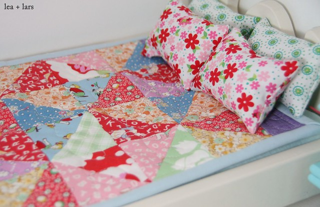 patchwork quilt and pillows for barbie