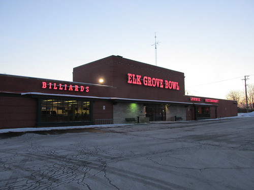 Elk Grove Bowl.  Elk Grove Village Illinois.  Wednsday evening, December 18th, 2013. by Eddie from Chicago