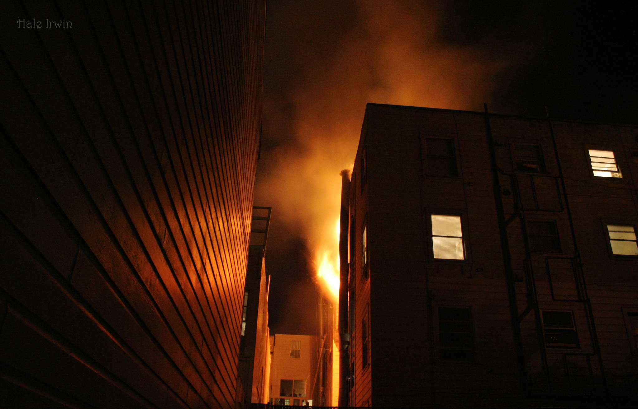 apartment on fire in sf