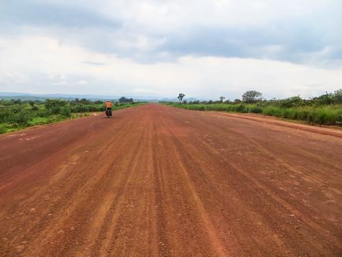 Nouvelle route Loudima-Dolisie