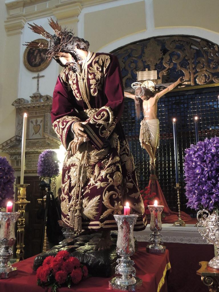 Besapiés a Jesús de las Penas en el Convento de San Leandro, Sevilla
