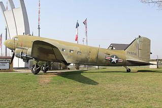 N1350M (43-49081)