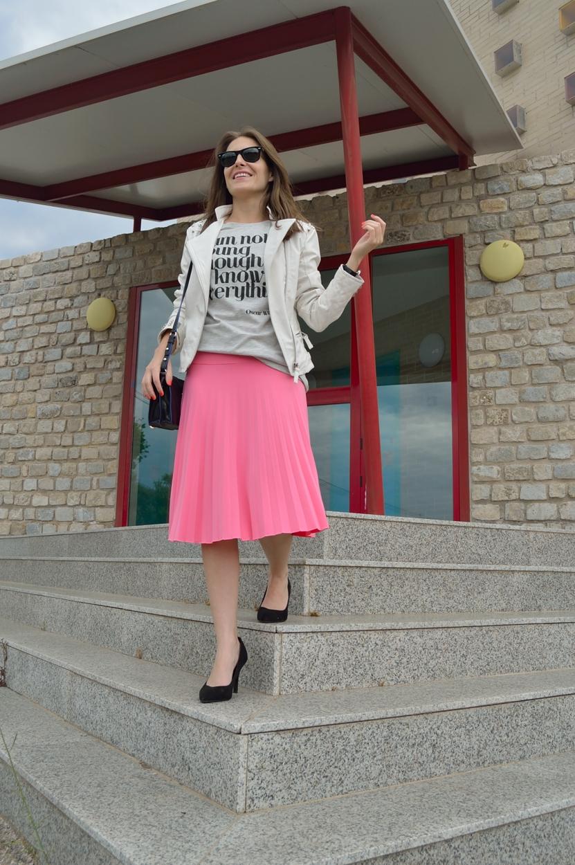 lara-vazquez-madlula-blog-style-midi-pink-chic-look