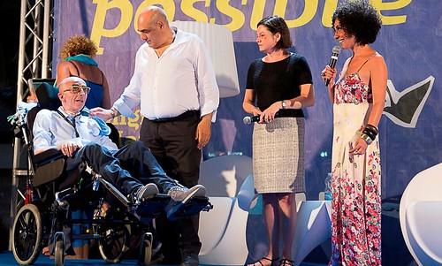 Pasquale Tuccino dal palco del Vino Possibile in una foto di Franz Gustincich per Rotarian gourmet