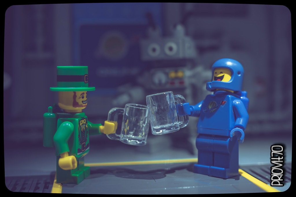 Happy St. Patrick's day! (custom built Lego model)
