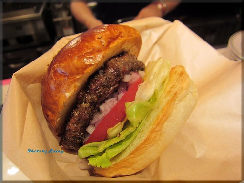 2013-05-27_ハンバーガーログブック_【明治神宮前】Blooklyn pancake house ハンバーガーも最高でした!-01
