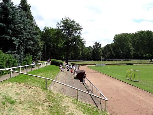 DSC08128 Stadion der Jugend (Johannes Oberscheven Sportpark) Kitzscher