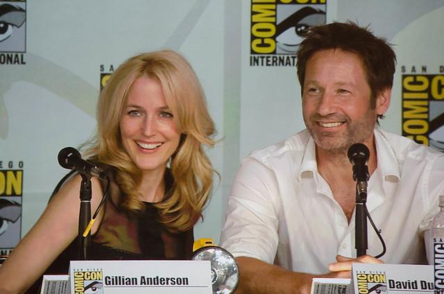 Gillian Anderson &...