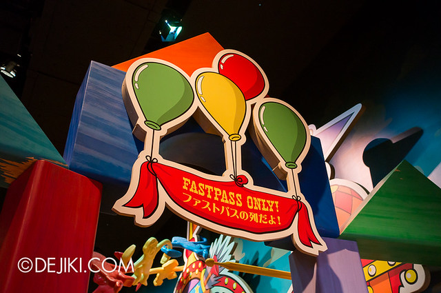 Toy Story Mania - The Queue