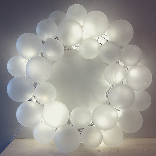 Iron Craft '13 Challenge #22 - Lit Frosted Ball Wreath