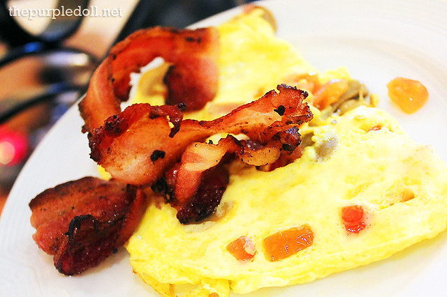 Cheese and Tomato Omelette with Bacon