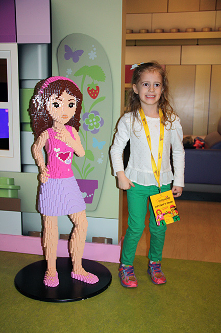 Lego_Aut-and-the-girl-lego