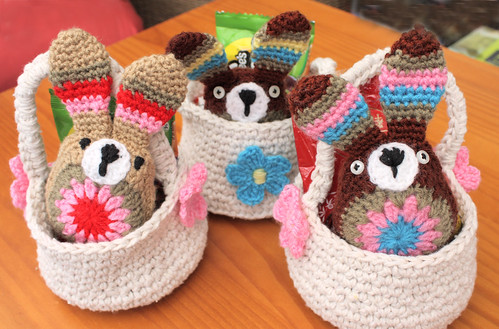 Easter bunnies in baskets