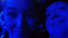 Yasmin Hafedh & Mieze Medusa beim Mos Def Gig in Prag 2014