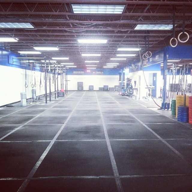It's steamy in here but I don't care. It's all mine. @crossfitfringe