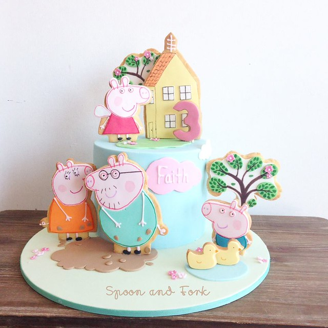 Peppa Cake by Spoon and Fork Cookies and Cakes