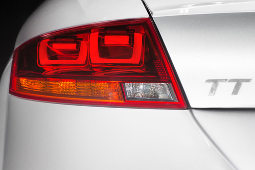 AUDI TT world first 3D OLED light