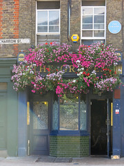 Photo of The Grapes, Limehouse blue plaque