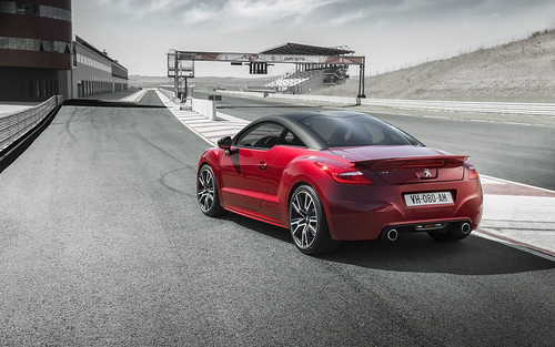 PEUGEOT RCZ R: PERFORMANCE AND EFFICIENCY DEVELOPED BY PEUGEOT SPORT