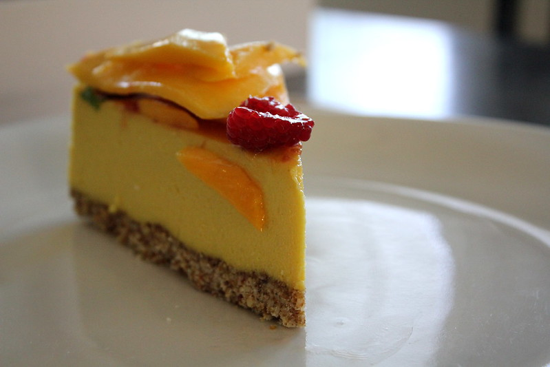 mango cheesecake raw