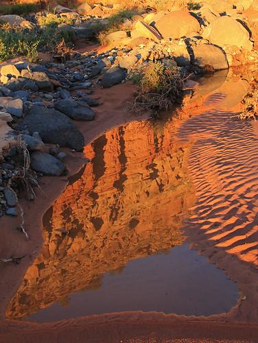 usa reflection water 510fav sunrise utah sandstone showroom redrock sandcreek tup potofgold waynecounty 100vistas instantfave theunforgettablepictures ashotadayorso orig:file=20130924121871024