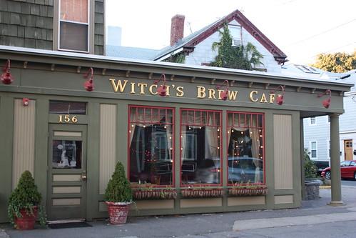 witch's-brew-cafe-salem-massachusetts