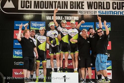 xco_03_valdisole_team_podium_by_kuestenbrueck_640x427