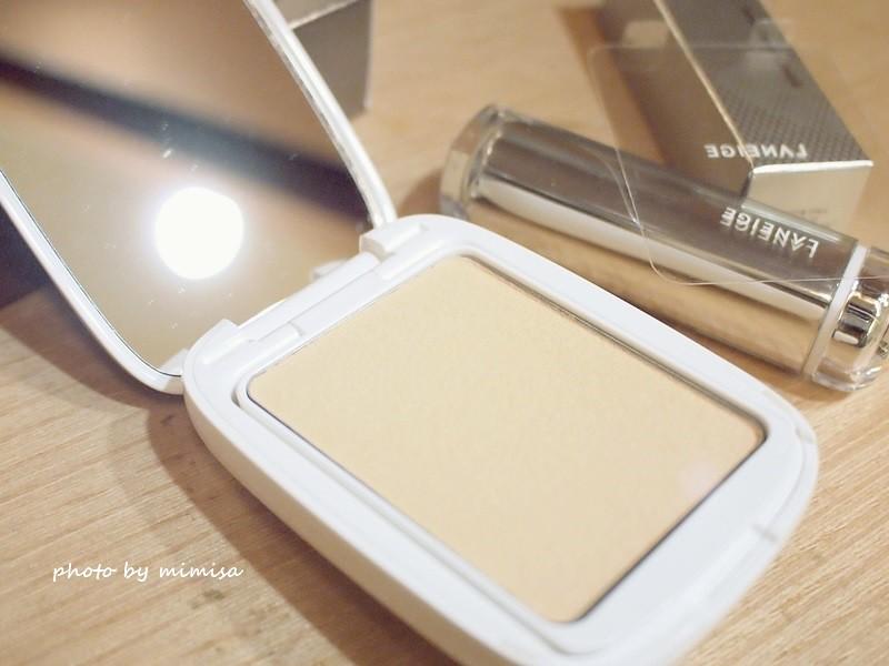 LANEIGE蘭芝 LED超誘光精萃唇膏 &水柔光持色粉餅 (6)