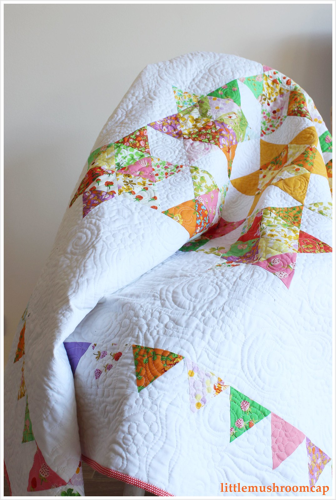 Quilt Briar Rose Starry Diamond Equilateral Triangle by littlemushroomcap 2