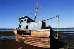 vehicle, ocean, mast, watercraft, shipwreck, coast, boat,
