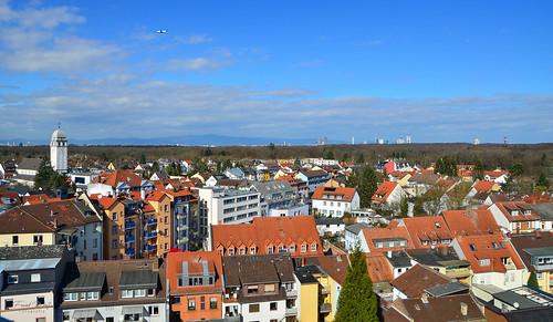 Blick gen Frankfurt von der Offenbacher Straße aus