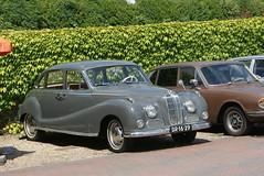mercedes-benz w120(0.0), dkw 3=6(0.0), automobile(1.0), vehicle(1.0), automotive design(1.0), bmw 501(1.0), mid-size car(1.0), compact car(1.0), antique car(1.0), sedan(1.0), classic car(1.0), vintage car(1.0), land vehicle(1.0), luxury vehicle(1.0),