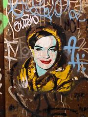 Raval Street Art by Btoy