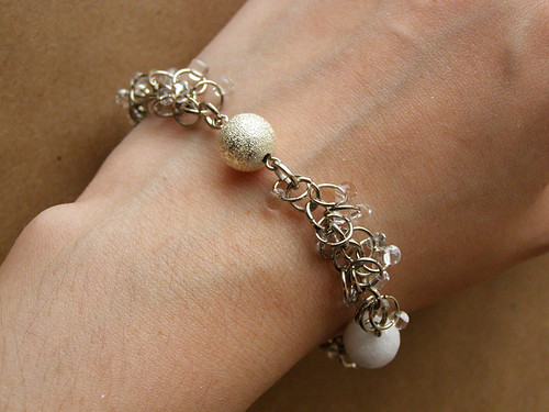 Bracelet - Sugar. With white agate.