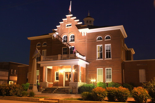 Trousdale County Courthouse at Night (2013)