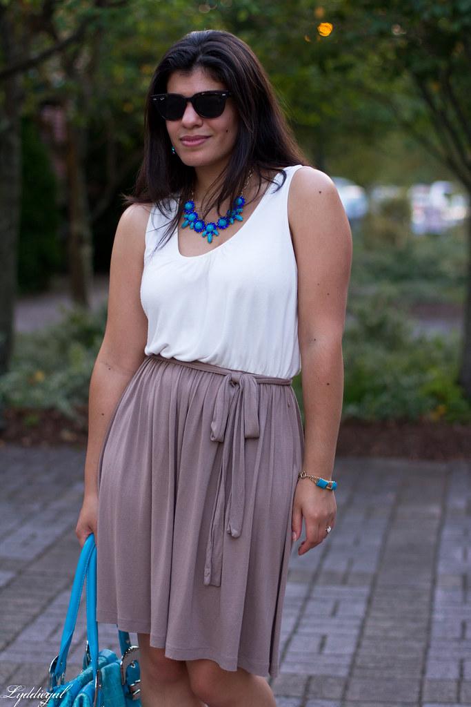 simple dress-3.jpg