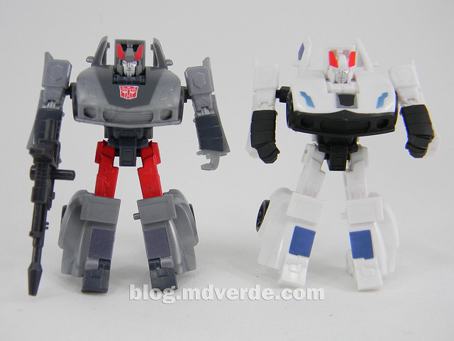 Transformers Bluestreak Legends - Generations GDO - modo robot vs Prowl