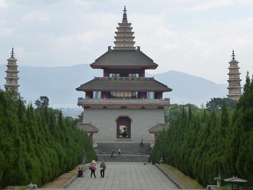 Yunnan13-Dali-3. Salle de cuivre et pluie (2)