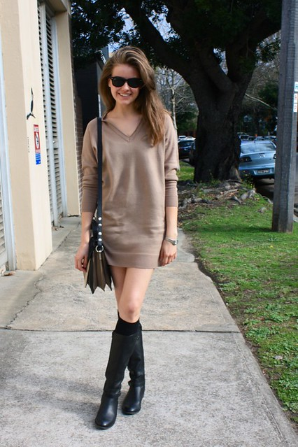 sweater dress c