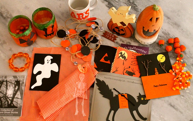 dioramas and halloween most lovely things